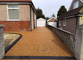 resin-bound-paving-2/paving-driveways-and-tarmac-north-east-0001_1521301657.jpg