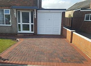 driveway4/paving-driveways-and-tarmac-north-east-0002_1521296699.jpg
