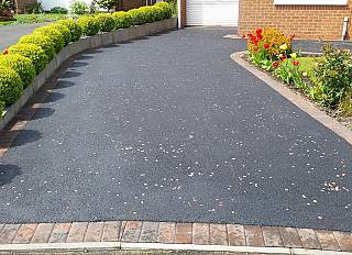 picture-frame-tarmac-2/paving-driveways-and-tarmac-north-east-0002_1521301342.jpg