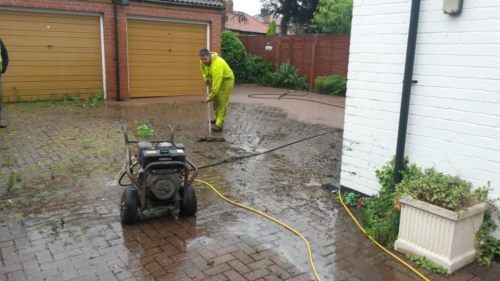 Professional Driveway Cleaning and Sealing in Longtown, Carlisle and Cumbria